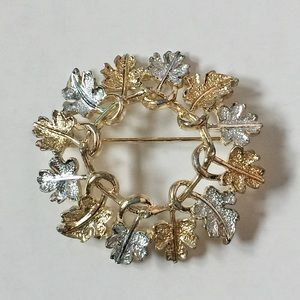 Sarah Coventry Silver and Gold Circle Leaf Brooch